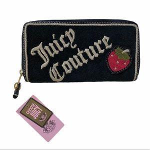 Juicy Couture YSRU0663 Strawberry Ziparound Wallet